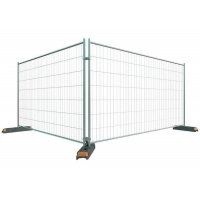 China OEM Temporary Residential Fencing , 2100x2400mm Barricade Fence Panels
