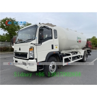 China Howo 4X2 RHD 15000 Liters Bobtail Propane Truck With Dispenser